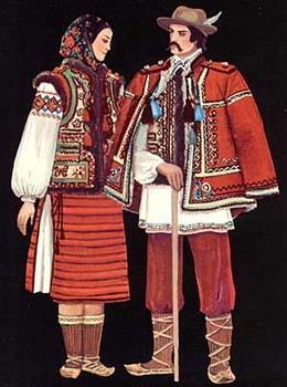 Это украинский костюм. это по областям.  ОООО, вот и наша красавица- сестричка.  Замечательно смотрится на ваших фото.